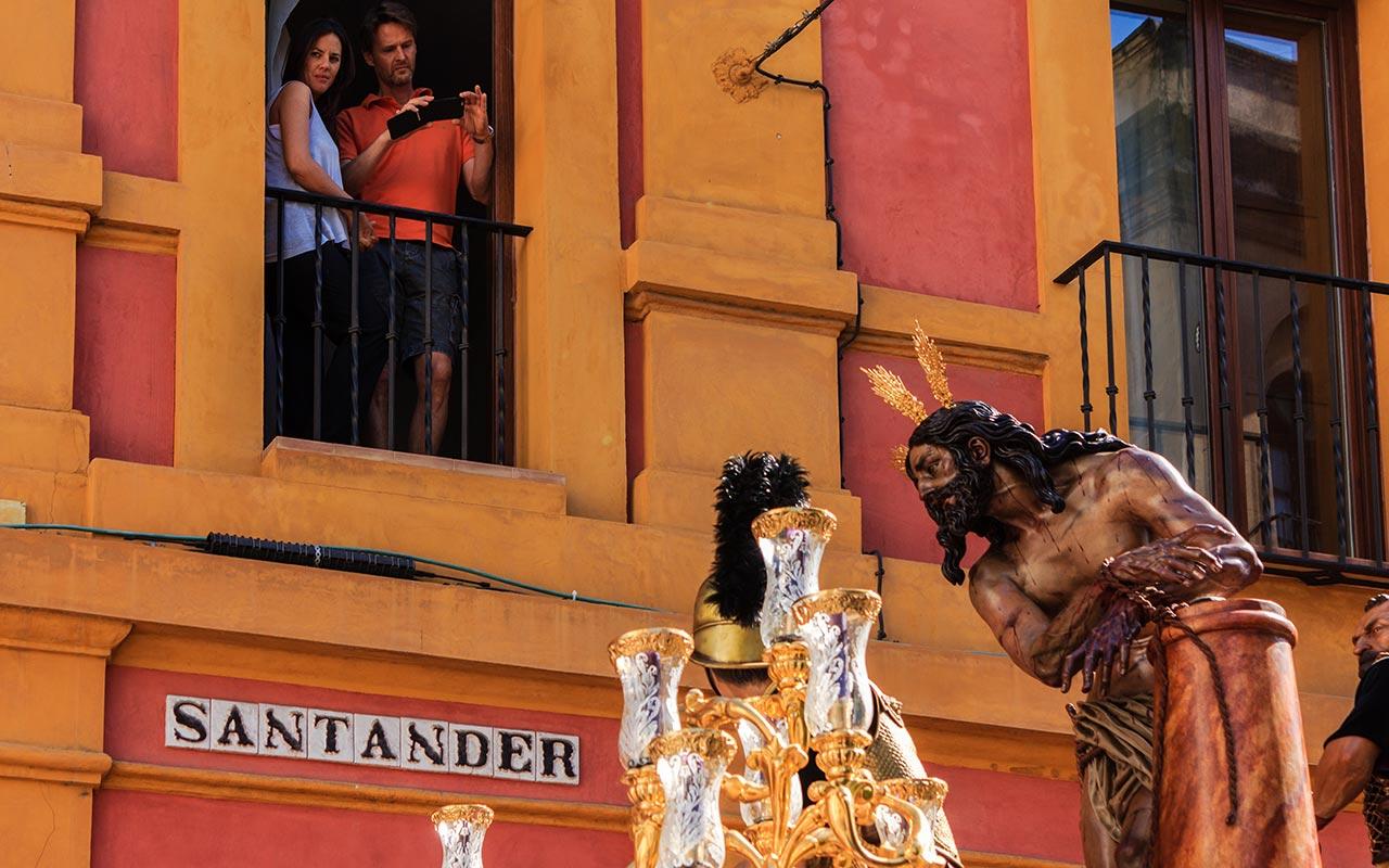 Cristo de La Columna y Azotes en la calle Santander