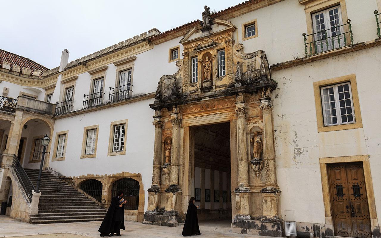Estudiantes de la Universidad de Coimbra