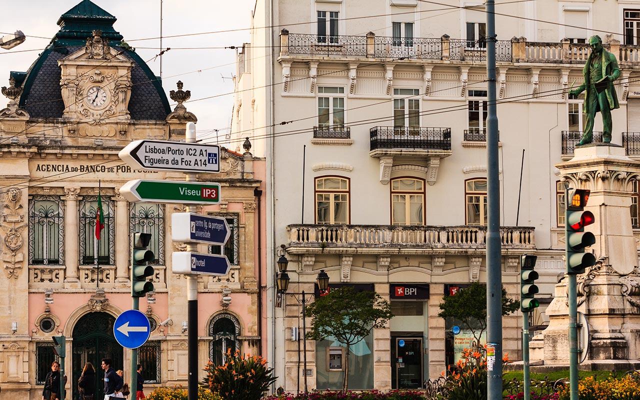 Encrucijada. Coimbra, 2014 ©Flivillegas