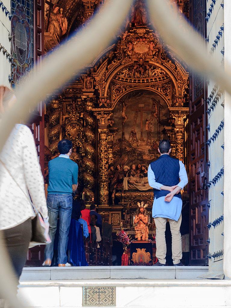 Viacrucis de la Santa Caridad. Viernes de Dolores, Sevilla, 2015 ©Flivillegas
