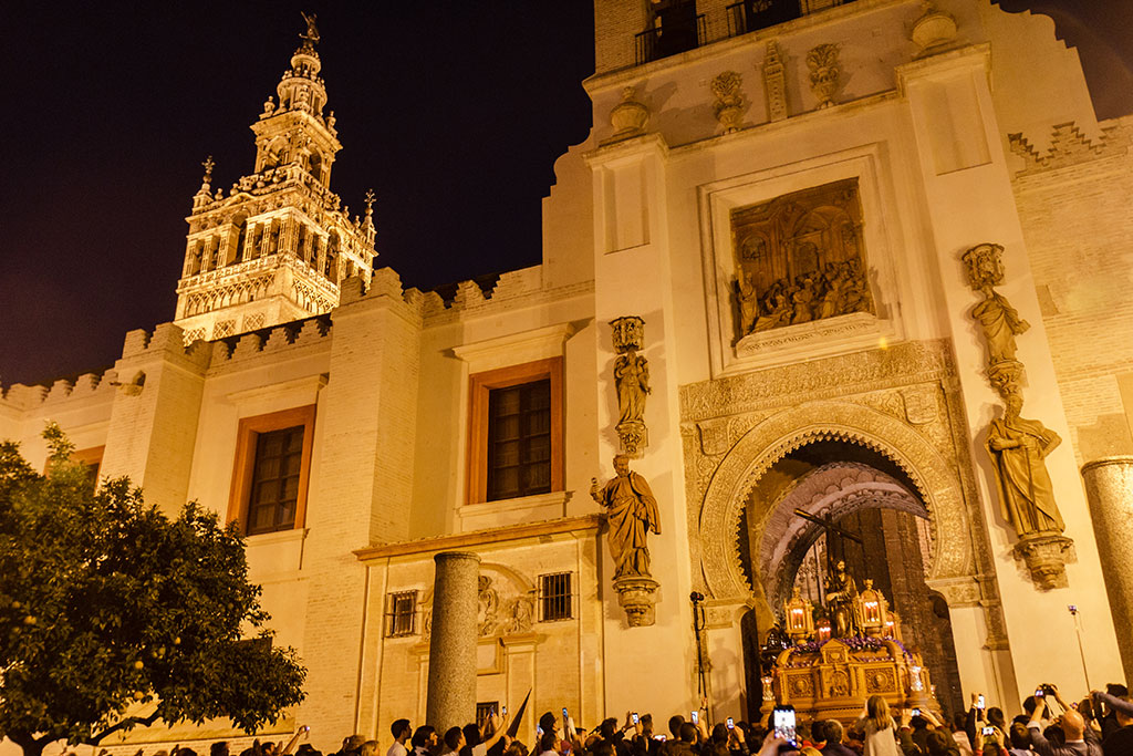 Viernes de Dolores en Sevilla. Cristo de la Corona, 2015 ©Flivillegas