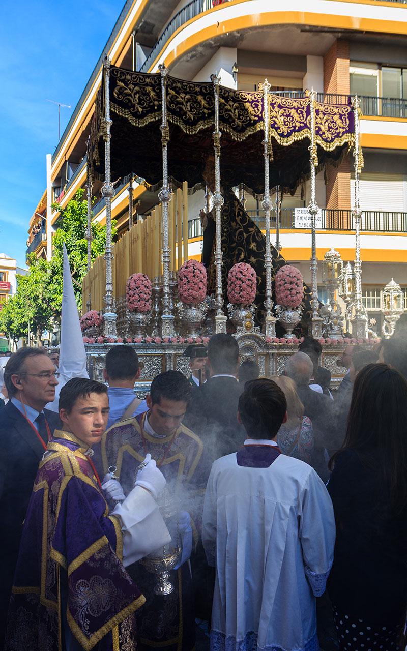 Esencias para la Señora de los Terceros. Sevilla, 2015 ©Flivillegas