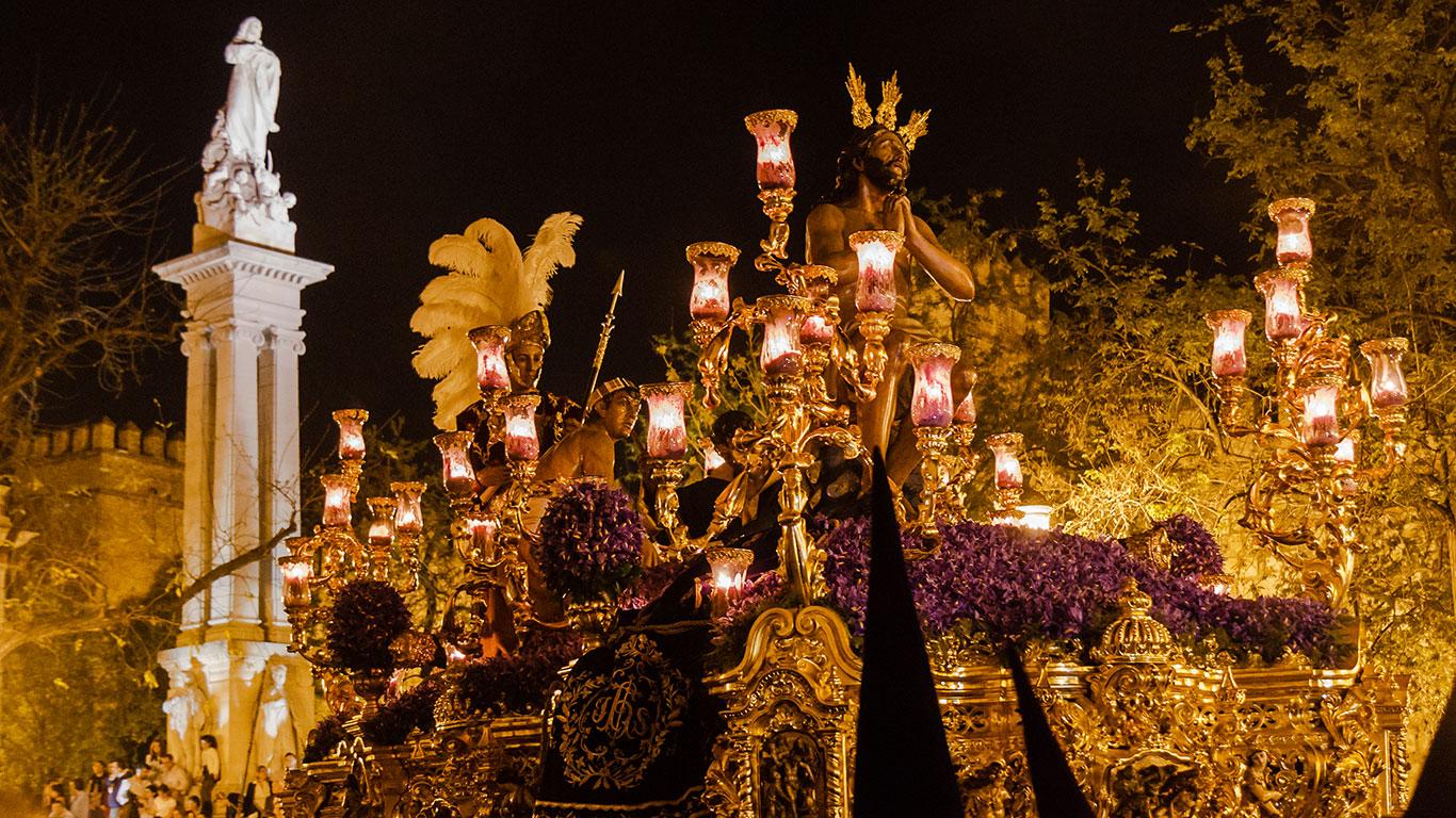 Penas triunfales (I). Sevilla, 2015 ©Flivillegas