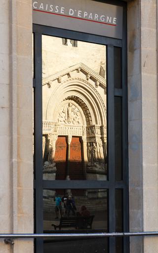 El reflejo de Dios. Arles, 2015 ©Flivillegas