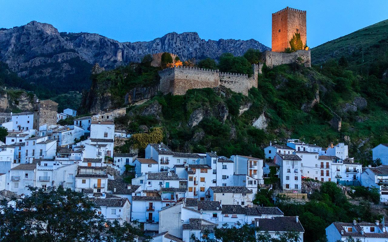 Castillo de Cazorla y pueblo