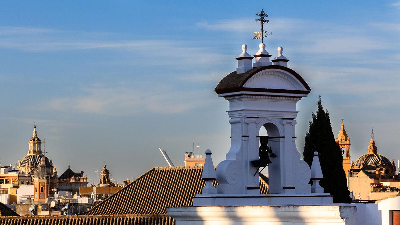 Entre torres, espadañas y puentes. Sevilla, 2014 ©Flivillegas