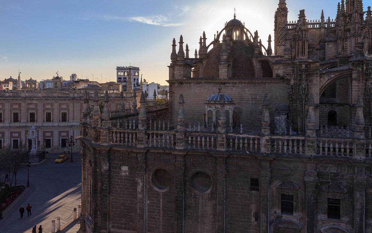 Atardecer sobre la Catedral de Sevilla