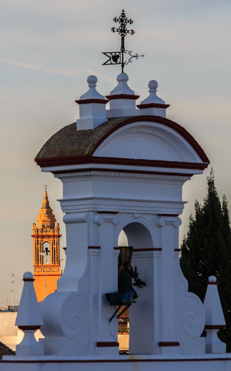 De espadaña a torre. Sevilla, 2014 ©Flivillegas