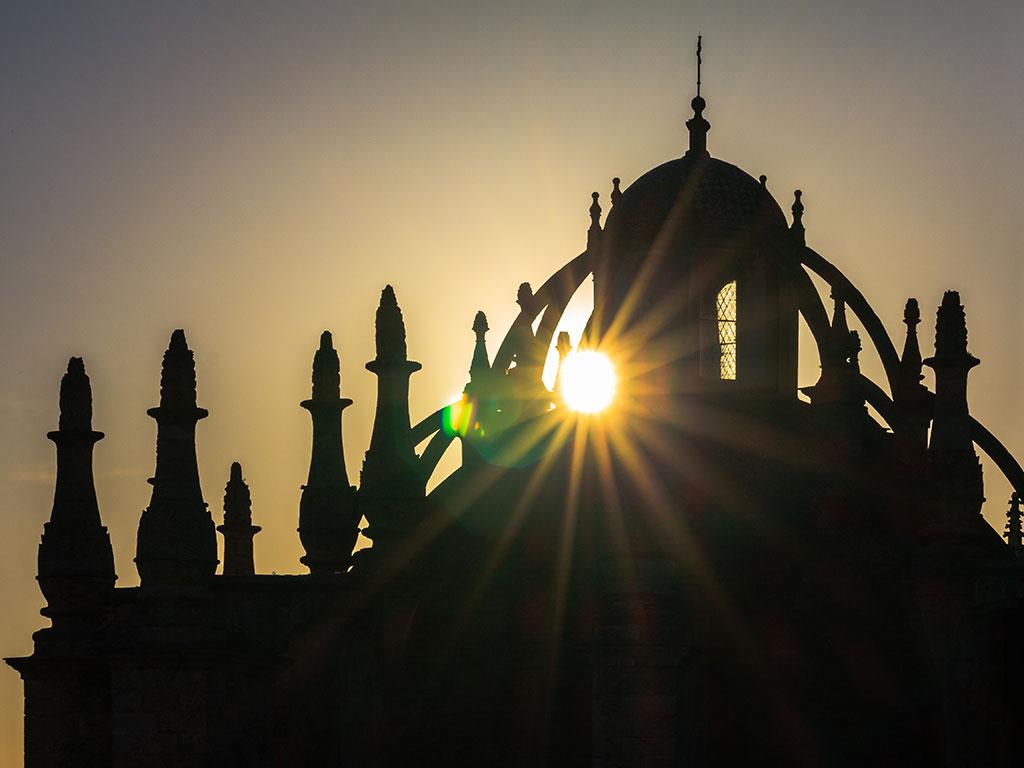 Claroscuro catedralicio III. Sevilla, 2014 ©Flivillegas