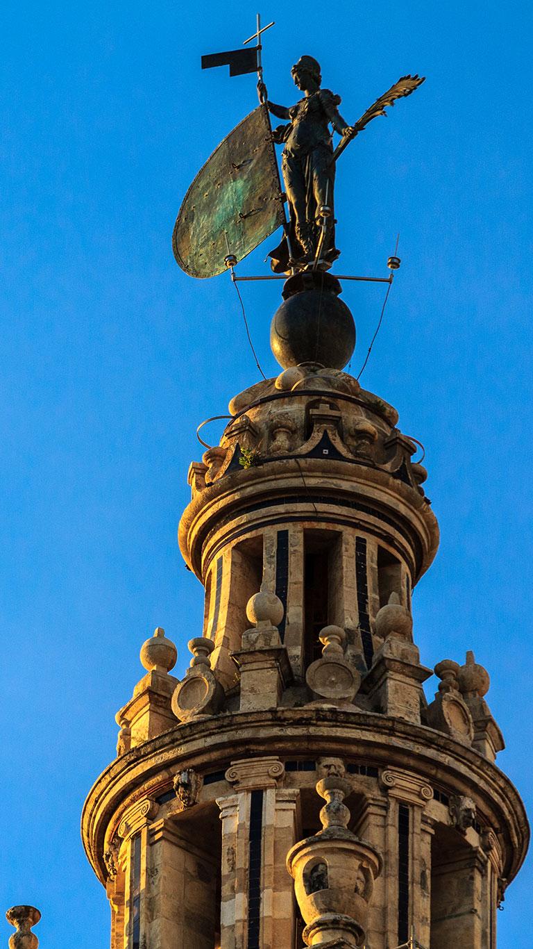 La veleta de Sevilla II. 2014 ©Flivillegas