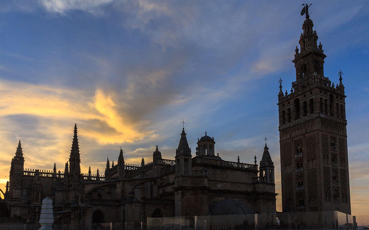 Claroscuro catedralicio VI. Sevilla, 2014 ©Flivillegas