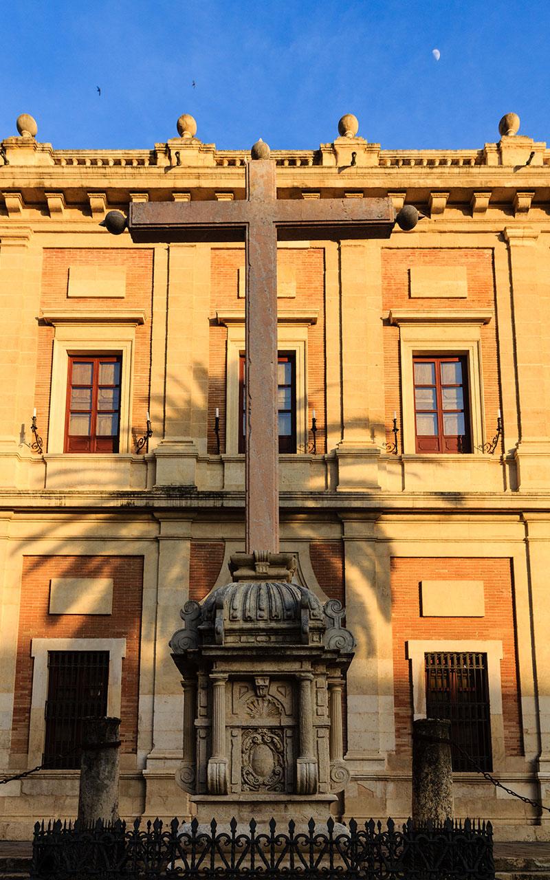 Cruz del Juramento de la Plaza del Triunfo