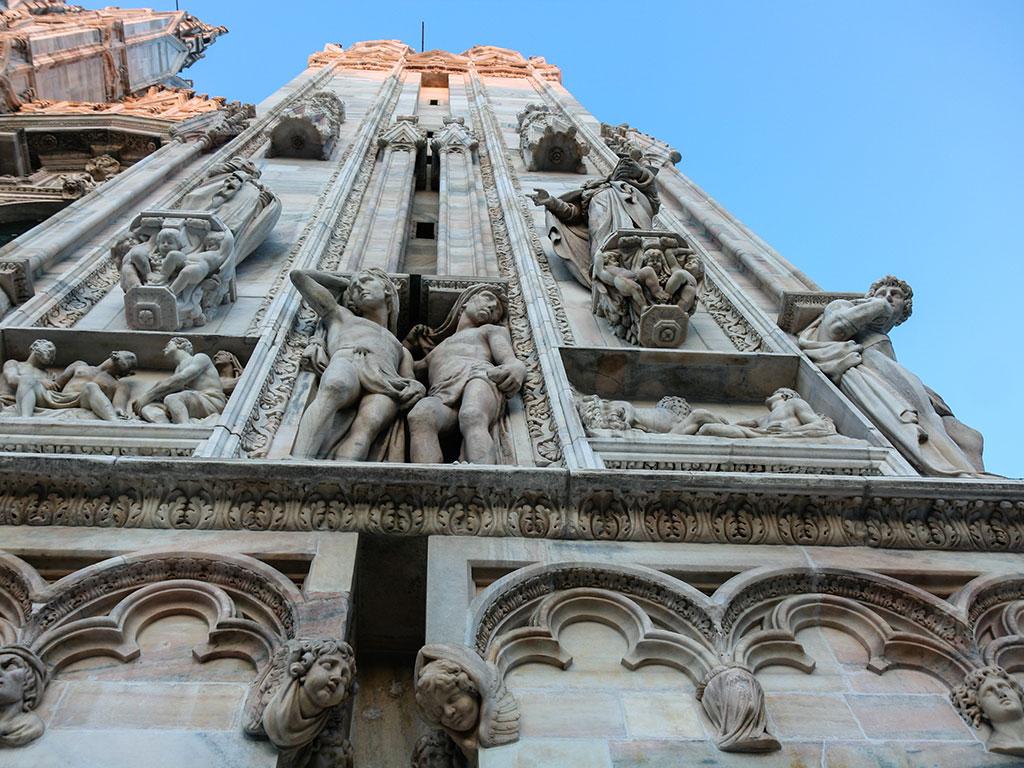 Esculturas del Duomo de Milán Milano