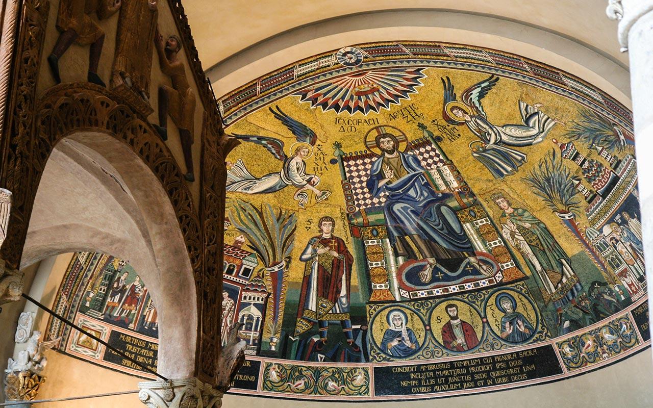 Altar Mayor de la Basílica di Sant'Ambrogio, Milán ©Flivillegas