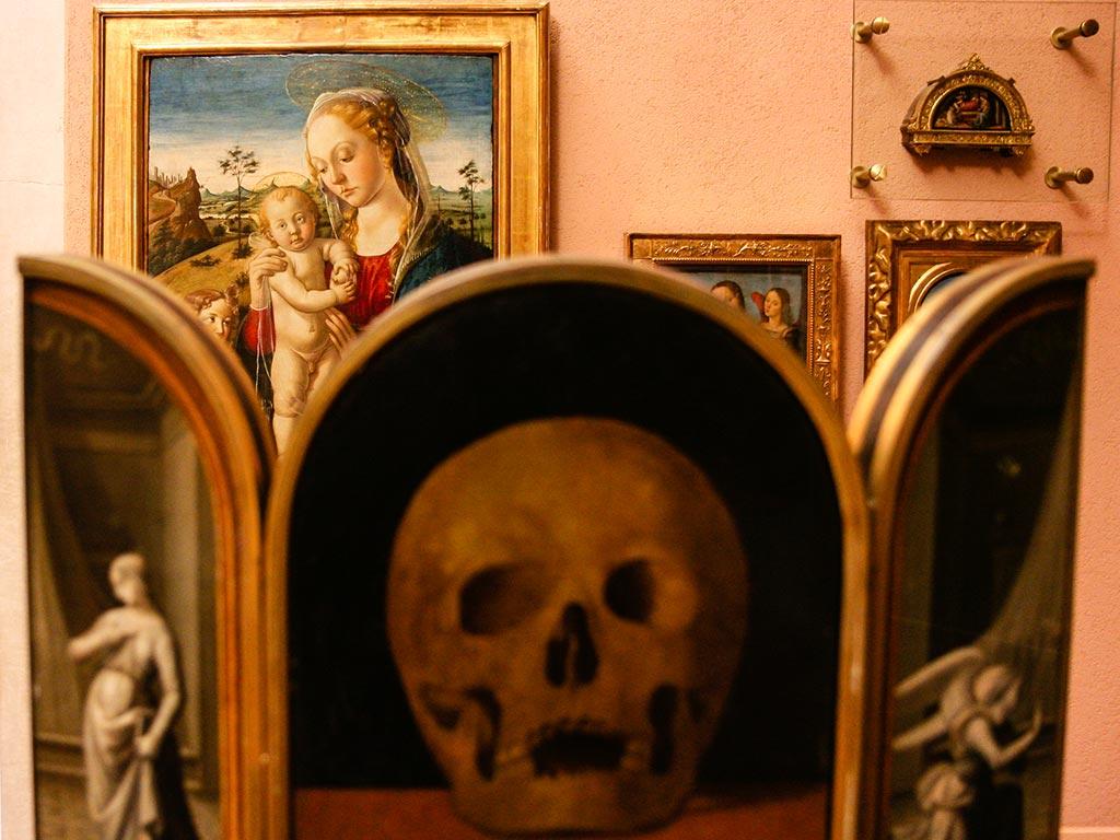 Pinturas en un museo de Milano