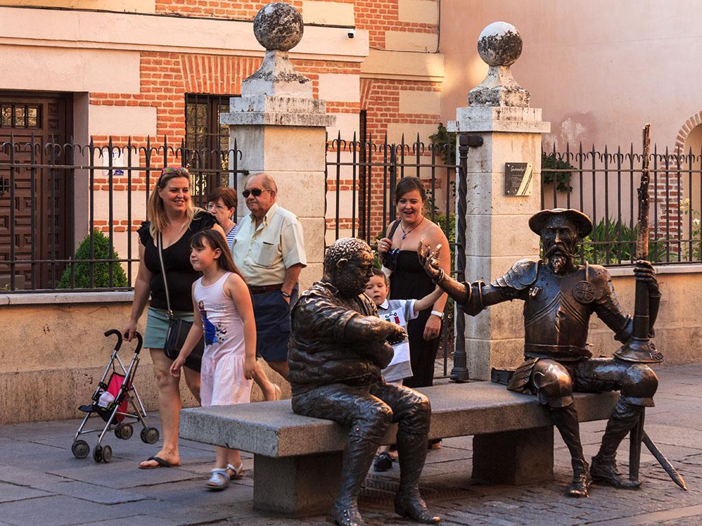 Don Quijote y Sancho Panza en la calle