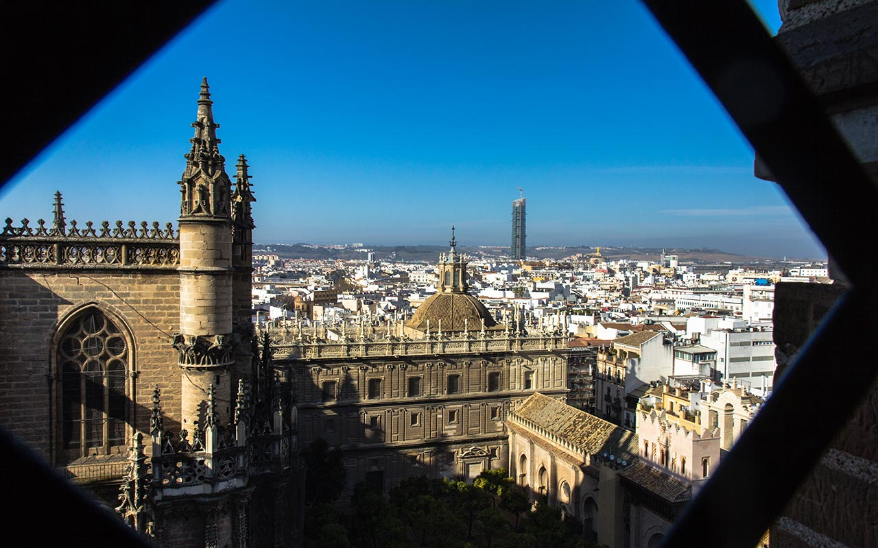 Un mar urbano. Sevilla, 2014 ©Flivillegas
