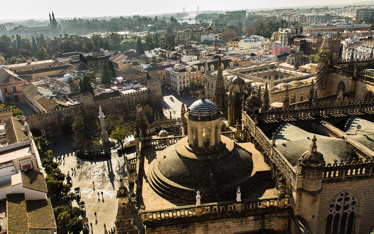 Plaza del Triunfo y Plaza de España desde la Giralda