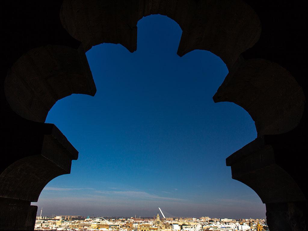 Preciosismo giraldillesco. Sevilla, 2014 ©Flivillegas
