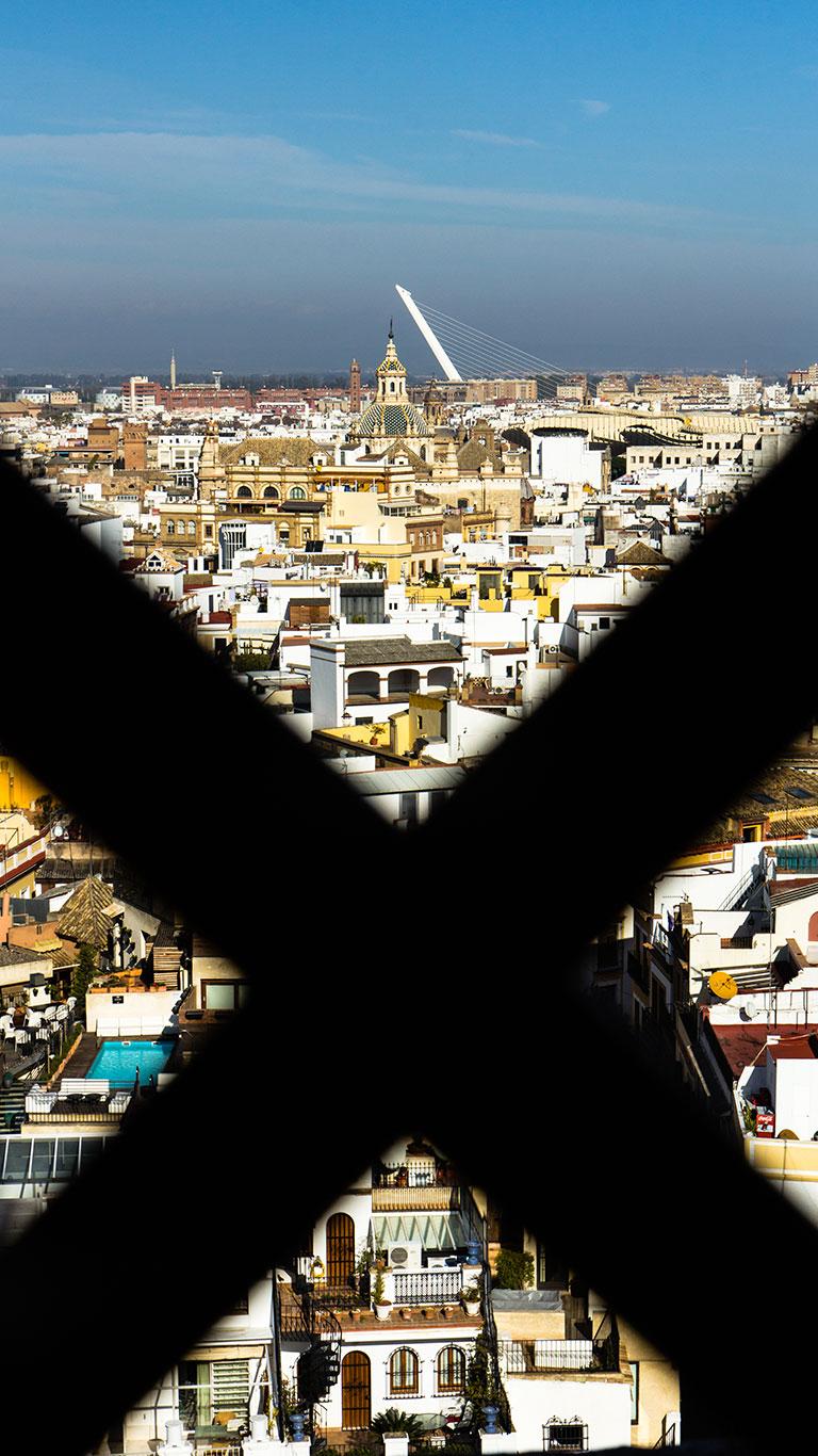 Paisajes de una ciudad. Sevilla, 2014 ©Flivillegas