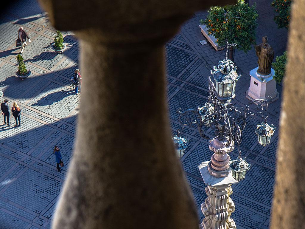 Plaza Virgen de los Reyes desde la Giralda