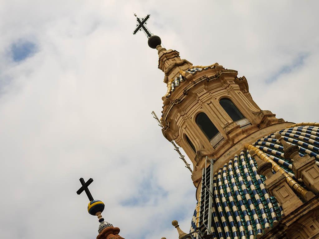 Cruces al cielo. Sevilla, 2013 ©Flivillegas
