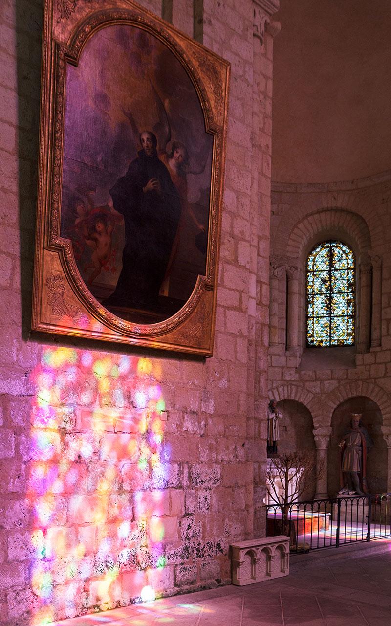 Interior de la Iglesia de Saint-Hilaire