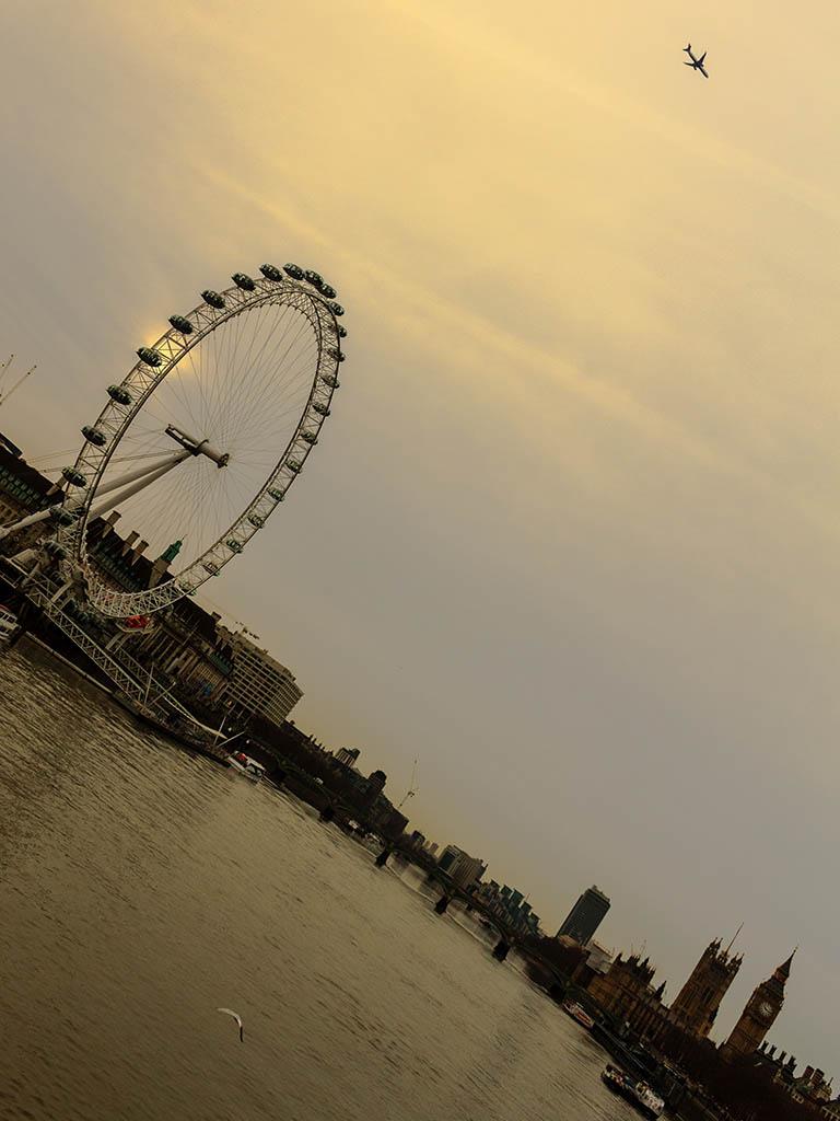 London Eye con avión