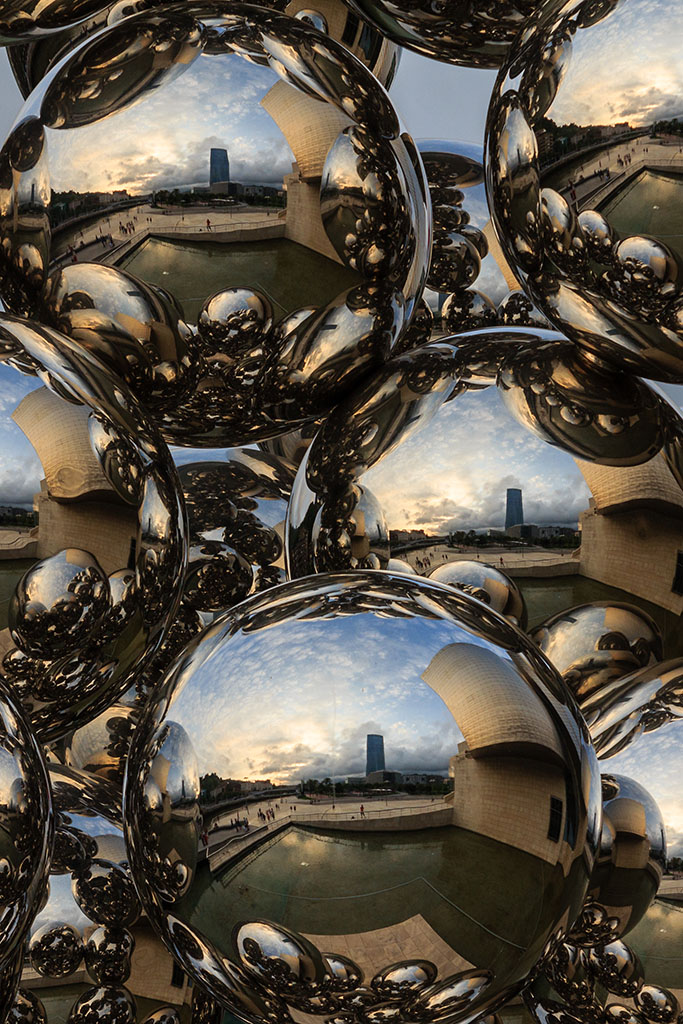 Bolas del Museo Guggenheim