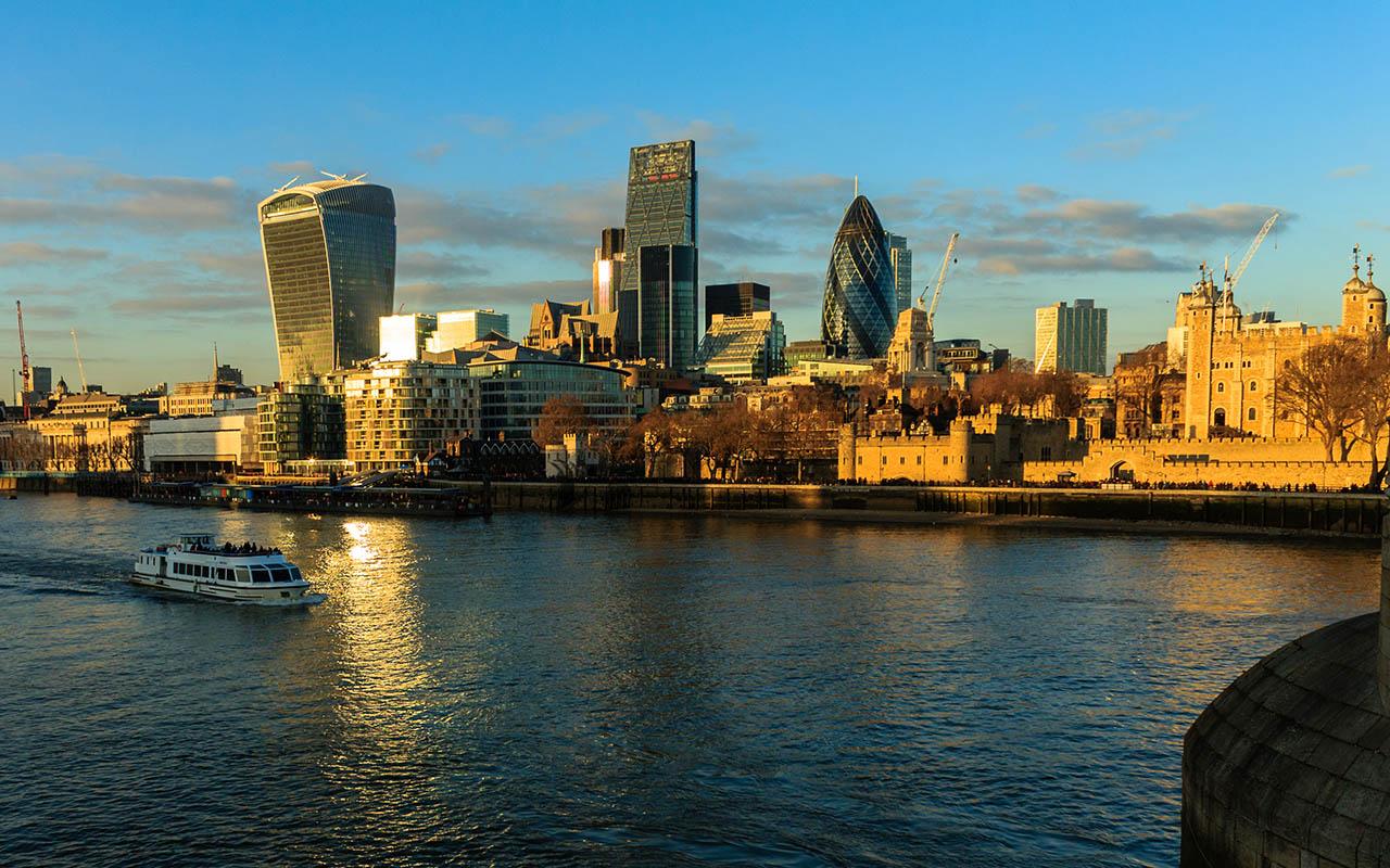 Skyline de Londres con The White Tower