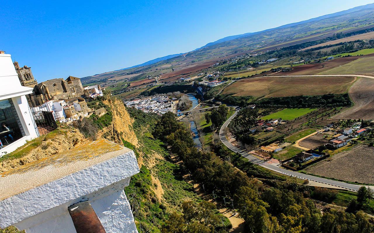 A sus pies, la tierra prometida. Arcos de la Frontera, 2015 ©Flivillegas