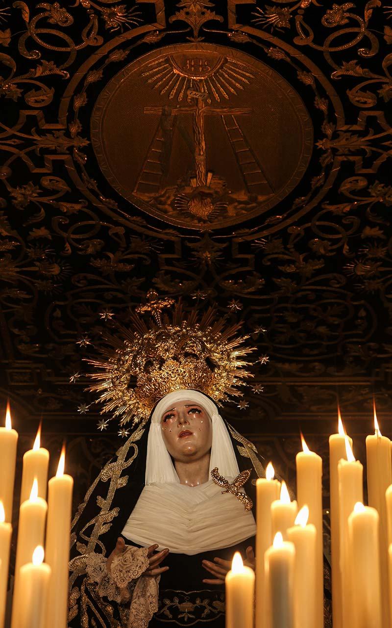 Detalle del palio de la Virgen de la Carretería