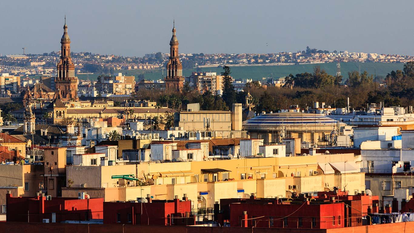 Panorámica desde la Torre Schindler con el Teatro Lope de Vega