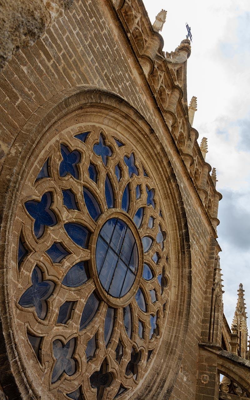 Rosetón con nubes. Catedral de Sevilla, 2012 ©Flivillegas