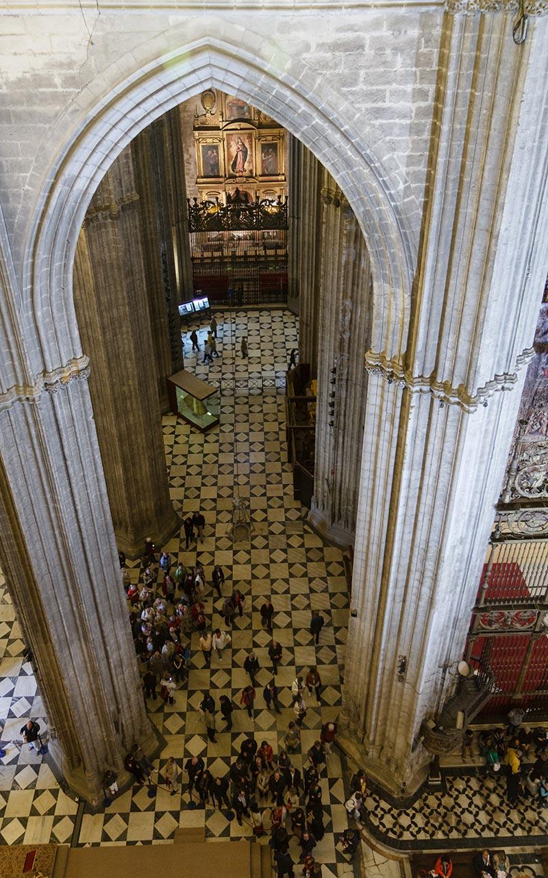 Potencia gótica. Catedral de Sevilla, 2012 ©Flivillegas