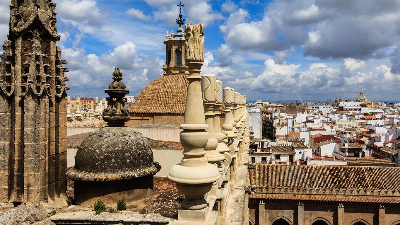 Del Medievo a la contemporaneidad. Catedral de Sevilla, 2012 ©Flivillegas