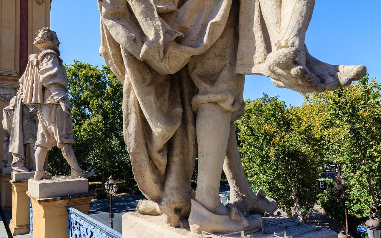 Detalle de la escultura de Miguel de Mañara y Velázquez