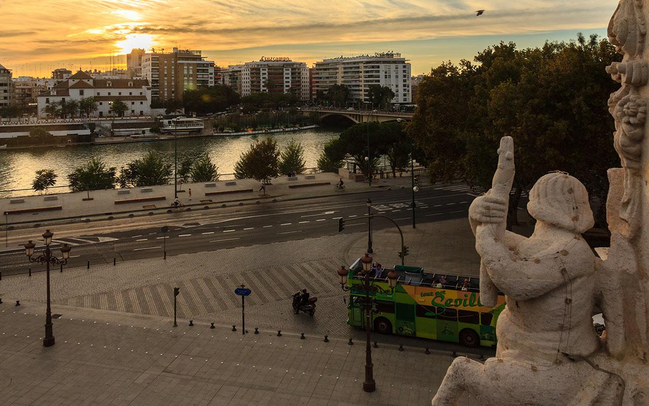 Vista del río Guadalquivir desde el Palacio