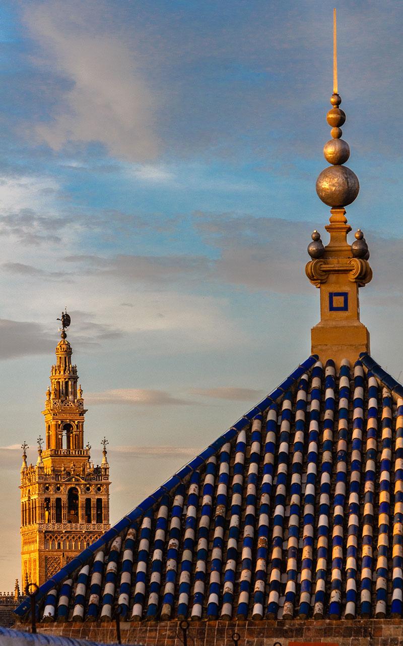 De punta en... cielo. Sevilla, 2014 ©Flivillegas