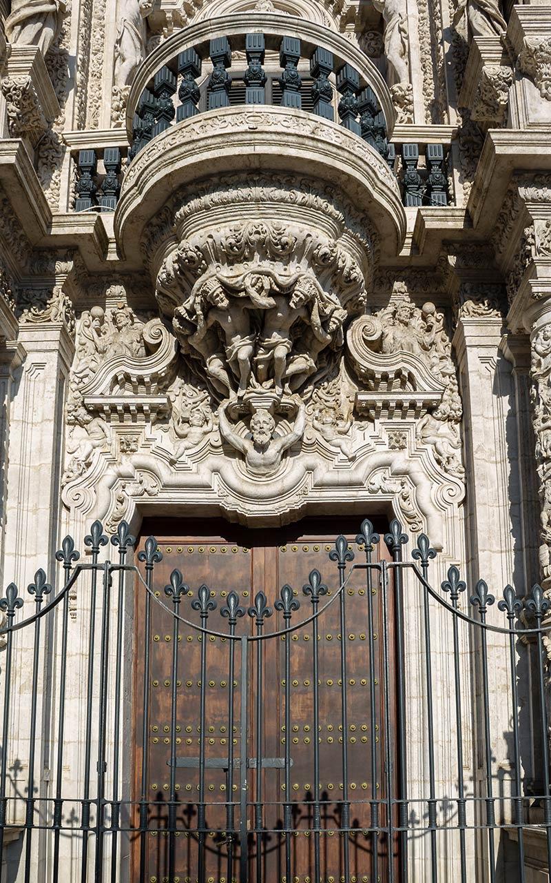 Puerta principal del Palacio de San Telmo