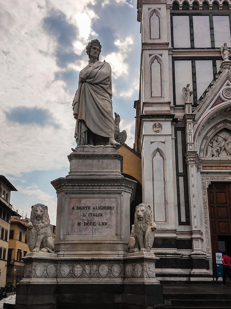 A Dante. Florencia, 2015. Foto de móvil ©Flivillegas