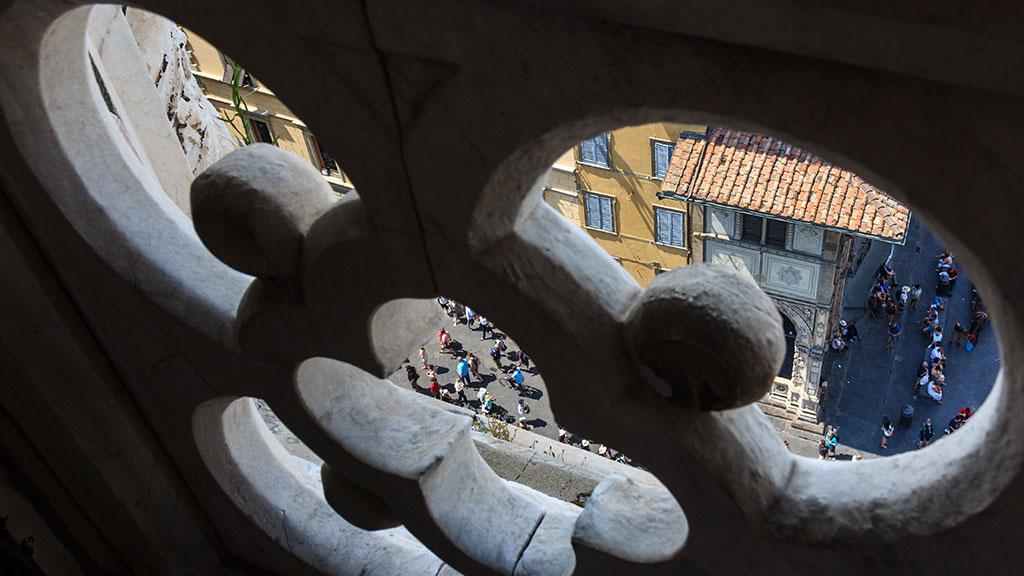 Hormigas humanas. Florencia, 2015 ©Flivillegas