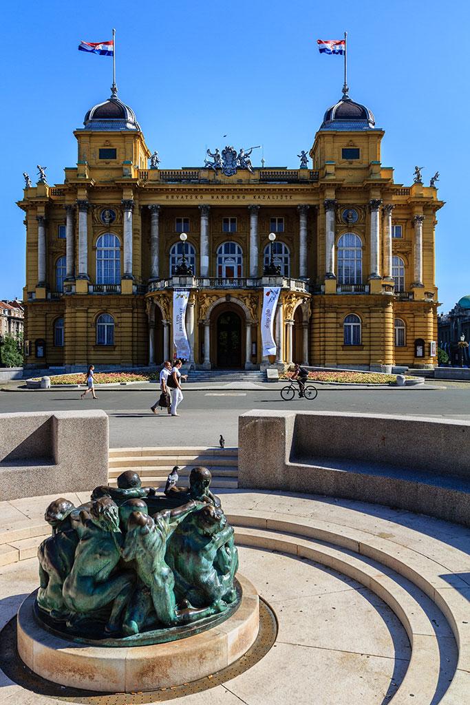 Teatro Nacional. Zagreb, 2012 ©Flivillegas
