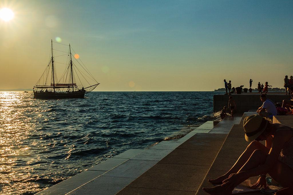 Atardecer con velero en Zadar. 2012 ©Flivillegas