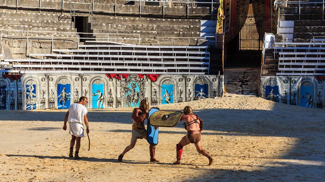 Gladiadores sobre la arena. Nimes, 2013 ©Flivillegas