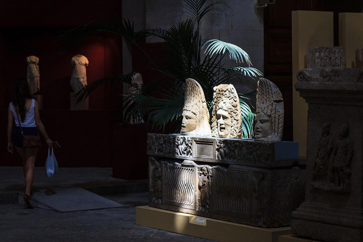 Claroscuros de museo. Avignon, 2013 ©Flivillegas